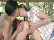 Very Hot Lesbians Kissing And Rubbing
