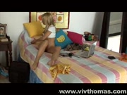 Hottie masturbates at laptop